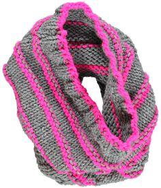 DIY: patroon voor cirkelsjaal met Boston wol grijs en fluo accent. By Veritas.