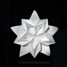 Sakura Star by David Martinez. Video instructions. Diagrams in Revista 4 Esquinas - Issue 6.
