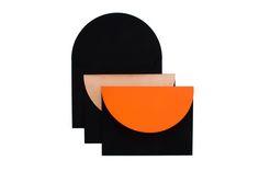 Circle envelopes by NBDC