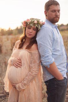 Bohemian maternity, styled maternity, maternity photos