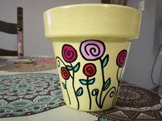 Flower Pot Art, Clay Flower Pots, Flower Pot Crafts, Clay Pot Crafts, Diy Clay, Painted Clay Pots, Painted Flower Pots, Yard Art Crafts, Plant Covers