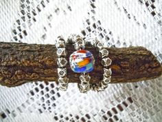 Anello regolabile con metallo e perla di vetro di Murano