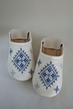 〜大人のためのモロッコ雑貨regalito〜 大人気モロッコ、フェズ刺繍のバブーシュです❗️…