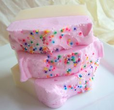 Soap that looks like cake?! Yes please More