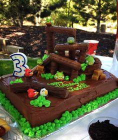 Angry Birds Birthday Cake My baby boy& birthday cake. Used Twix candy bars for the towers. He loved it! Angry Birds Birthday Cake, Bird Birthday Parties, Angry Birds Cake, 3rd Birthday Cakes, Birthday Ideas, Cake Craft, Diy Cake, Bird Cakes, Cupcake Cakes