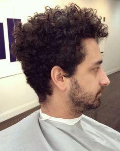 """67 Me gusta, 3 comentarios - Men's Hair Specialist (@alexthegreatvivar) en Instagram: """"Believe in my process 🔪"""""""