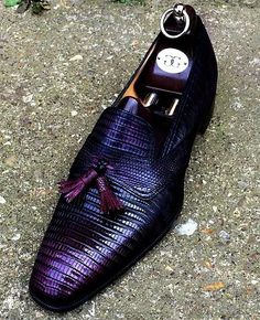 Men's purple dress shoes