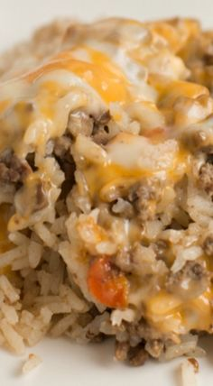 Cheesy Ground Beef Casserole ~ An easy, picky eater pleasing casserole that takes minutes to prepare and then just cooks in the oven while you get things done!