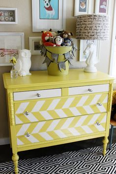 twelveOeight: 20 Pretty Furniture Makeovers This first furniture makeover is great for styling a kiddo's room. Furniture Projects, Furniture Making, Furniture Makeover, Home Projects, Diy Furniture, Dresser Makeovers, Striped Furniture, Dresser Furniture, Brown Furniture
