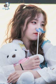 Kpop Girl Groups, Korean Girl Groups, Kpop Girls, Extended Play, Cube Entertainment, Soyeon, Very Lovely, Neverland, Cute Girls