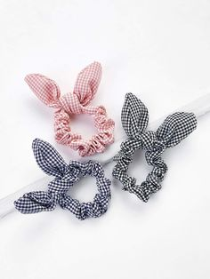Shop Knotted Bow Plaid Hair Tie at ROMWE, discover more fashion styles online. Women Accessories, Jewelry Accessories, Fashion Accessories, Scrunchies, Romwe, Modelos Fashion, Diy Accessoires, Heart Pendant Necklace, Hair Ties