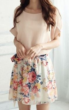 So Pretty!  Pale Pink Floral Patchwork Dolman Sleeve Dress... The summer ME I'd like.