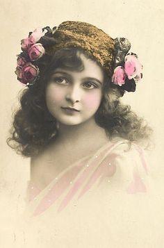 Vintage colorized girl ~ Tina`s Kreativblog