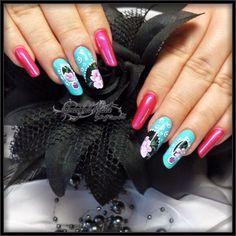 New Style Nails Nägel mit Fullcover Pinselmalerei Naildesign Nailart Pink Türkis