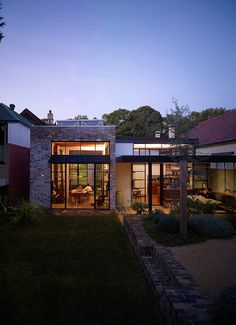 Smee Schoff House by Sam Crawford Crawford Architects