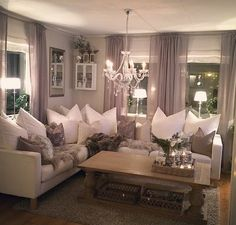 Cozy Living Room Ideas for Small Apartment - The Urban Interior Cozy Living Rooms, Home Living Room, Living Room Designs, Living Room Decor, Mauve Living Room, Grey Living Room Curtains, Grey Wallpaper Living Room, Mauve Bedroom, Romantic Living Room