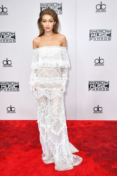 The looks we're loving from the AMAs red carpet