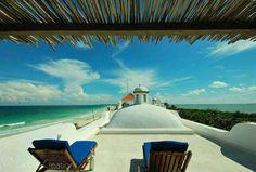Lujosa casa frente al mar en Sian Ka'an, con 4 recámaras y vistas incomparables $2,700,000 USD