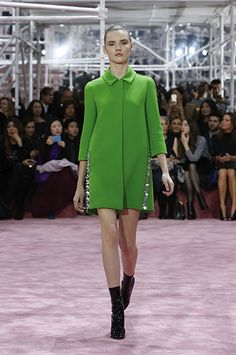 Christian Dior SS15 Haute Couture Fashion Show | Silhoutte 11: Bright green wool coat. ☛ More fashion shows at http://camile.se