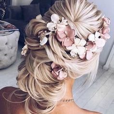Hochzeit 100 Gorgeous Wedding Updo Hairstyles That Will Wow Your Big Day - Selecting your. Alpi , 100 Gorgeous Wedding Updo Hairstyles That Will Wow Your Big Day - Selecting your. [ 100 Gorgeous Wedding Updo Hairstyles That Will Wow Your Big Day . Wedding Hair Flowers, Wedding Hair And Makeup, Wedding Updo, Wedding Hair Accessories, Flowers In Hair, Flower Hair, Wedding Bride, Boho Wedding, Wedding 2017
