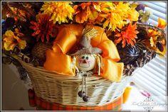 Dry Flower arrangement by Kruti Creations Dried Flower Arrangements, Dried Flowers, Product Photography, Wreaths, Fall, Home Decor, Dry Flowers, Autumn, Homemade Home Decor