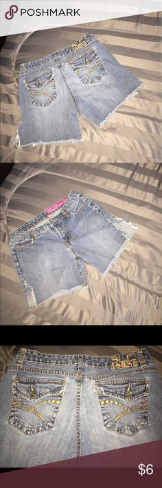 🔴4 FOR $10🔴DISTRESSED JEAN SHORTS SIZE 9 THESE ARE VERY DISTRESSED, CUT OFF SHORTS.  ALL PICTURES SHOW WHERE THE SHORTS ARE DISTRESSED... VERY CUTE AND COMFY.  GREAT FOR THE SORING/ SUMMER!  💗GREAT DEALS!  BUILD A BUNDLE!  EVERY ITEM $10 AND UNDER IS 4 ITEMS FOR $10!  EVERY ITEM $20 AND UNDER 3 FOR $20!  PLEASE LET ME KNOW IF YOU HAS ANY QUESTIONS! 💗 Wet Seal Shorts Jean Shorts
