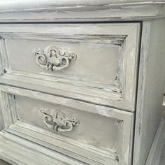 Hallstrom Home: Teen Girl's Bedroom Style- Easy Chalk Paint Recipe