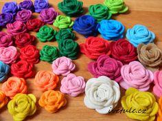 Tvoření od IVETULE Fabric Bows, Kids Toys, Rose, Flowers, Plants, Blog, Provence, Felt, Childhood Toys