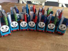 Thomas de treintraktatie met kleurplaat, krijtjes en rozijntjes!
