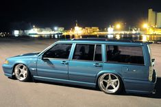 This cool Volvo started life as a 945 but now has 960 and V70 components morphed into it. Belongs to Timmy Svahns.