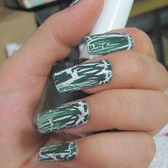 Crackle nail polish Amazing Eyes, Cool Eyes, Crackle Nails, Creative Nails, Pretty Nails, Nail Art Designs, Rings For Men, Nail Polish, Colors