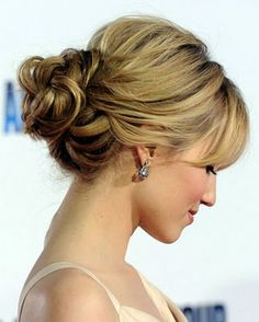 bridesmaid-hairstyles-for-one-shoulder-dress - Medium Cut Hairstyles