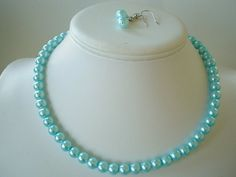 Perfect color of pearls