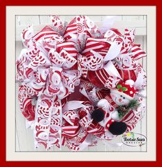 ***************READY TO SHIP*************** This sweet holiday wreath features a festive snowman in a colorful red/white design. Christmas 2015, Christmas Snowman, All Things Christmas, White Christmas, Christmas Ideas, Christmas Crafts, Merry Christmas, Christmas Decorations, Christmas Mesh Wreaths