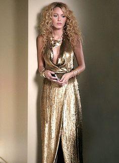 In Season 5 Serena van der Woodsen (Blake Lively) channeled '70s glam wearing a Diane von Furstenberg dress.