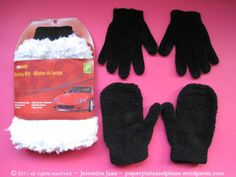 so you're wondering what to do with an unused faux-wool car wash mitt, an old pair of black fleece mitts, and an old pair of black chenille gloves (you're n Diy Home Crafts, Crafts To Make, Crafts For Kids, Primitive Sheep, Primitive Crafts, Sewing Toys, Sewing Crafts, Craft Tutorials, Craft Projects