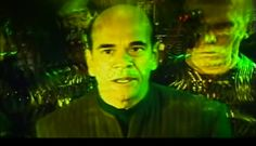 Star Trek : The Borg Invasion screenshot of the Doctor capture by the Borg Robert Picardo, Star Trek Voyager, Rare Photos, Picture Video, Behind The Scenes, Sci Fi, Fan Art, Adventure, Stars
