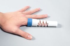 Designing conceptual stuff is easy. Designing real world products that affect and improve lives is the real challenge. The Bend is a medical finger-splint with a Go Health, Health Care, Heart Rhythms, Wedding Rings Simple, Cool Inventions, Hearing Aids, How To Stay Healthy, Innovation, Finger
