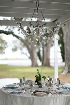 Classic Southern wedding  //  tilley photography