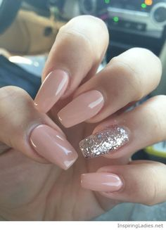 Nude gel nails with silver glitter accent | Inspiring Ladies