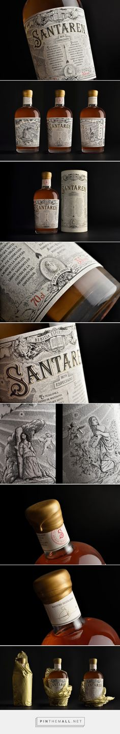 Santaren rum label design by Estudio Maba - http://www.packagingoftheworld.com/2017/08/santaren.html