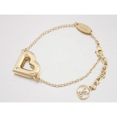 Pre-owned Louis Vuitton Gold Tone Heart Bracelet (10,535 MXN) ❤ liked on Polyvore featuring jewelry, bracelets, goldtone jewelry, gold tone bangles, pre owned jewelry, heart bangle and heart jewellery