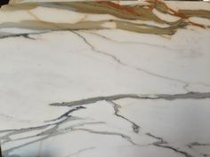 Calacatta marble set for @genevieve gorder's new kitchen. Watch the whole renovation on @HGTV Genevieves Renovation in March 2014.