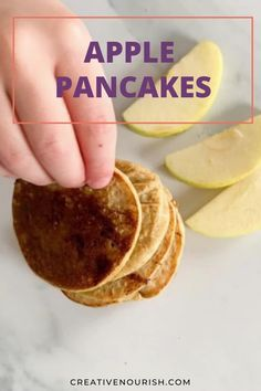 The Easiest Apple Pancakes For Baby-led Weaning & Toddlers. #applepancakes #healthypancakes #familysnack #toddlersnacks #babysnack Homemade Baby Puree Recipes, Pureed Food Recipes, Baby Food Recipes, Baby Snacks, Toddler Snacks, Perfect Pancake Pan, Recipe For 6, Baby Apple, Baby Pancakes