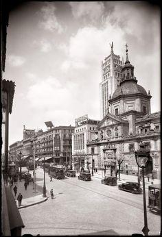 Calle Alcalá esquina Cedaceros, vista de la iglesia de las Calatravas y del edificio de La Unión y el Fénix Español Diego González Ragel Madrid, 1931-1935