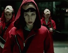 The perfect La Lacasadepapel Tokio Animated GIF for your conversation. Discover and Share the best GIFs on Tenor. Gifs, Netflix Home, Falling Skies, Bridget Jones, Chick Flicks, Love Actually, Aesthetic Movies, Dirty Dancing, Girl Smoking