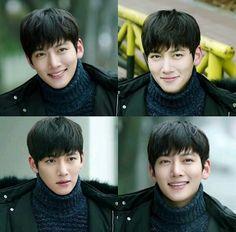 His smile makes me crazy ><