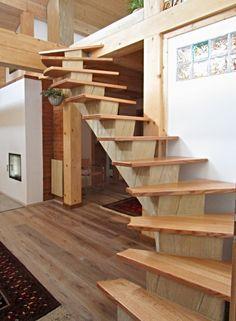 Betonové páteřní schodiště DNA Design tvaru S