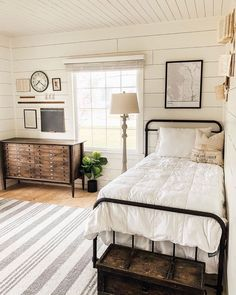 """Farmhouse Fanatics on Instagram: """"Double-tap if you're diggin' this beautifully designed bedroom by @thewickercottage!! 👆👆❤️ (📸 @thewickercottage) — I LOVE this design! I'm…"""""""