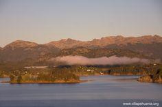 amanecer en #vacaciones de #verano2018 en #VillaPehuenia #Neuquen #Patagonia www.villapehuenia.org Villa Pehuenia, Patagonia, River, Outdoor, Dawn, Vacations, Argentina, Outdoors, Rivers
